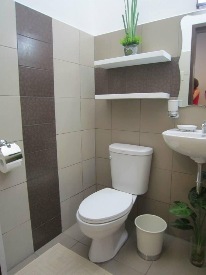 2nd floor toilet