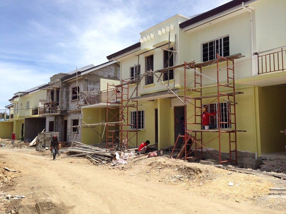 Magnolia model duplex with garden biasong talisay city