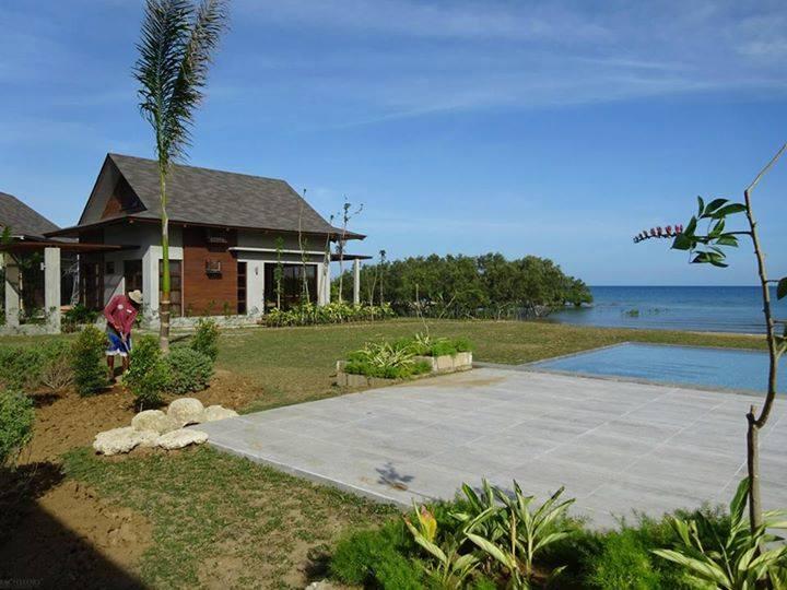Aduna Beach Villas Danao , Cebu