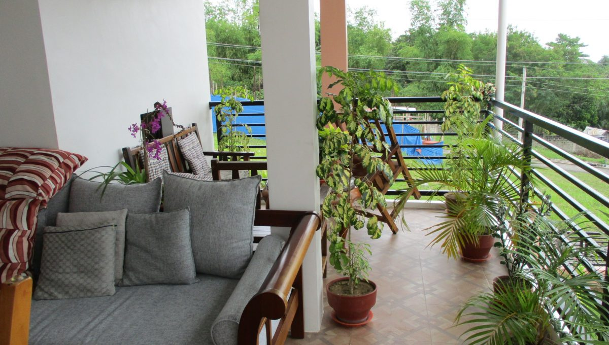 11 Living Room Terrace