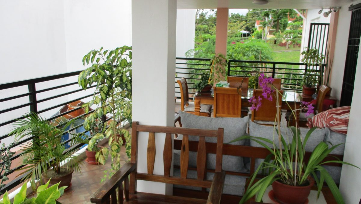 13 Living Room Terrace