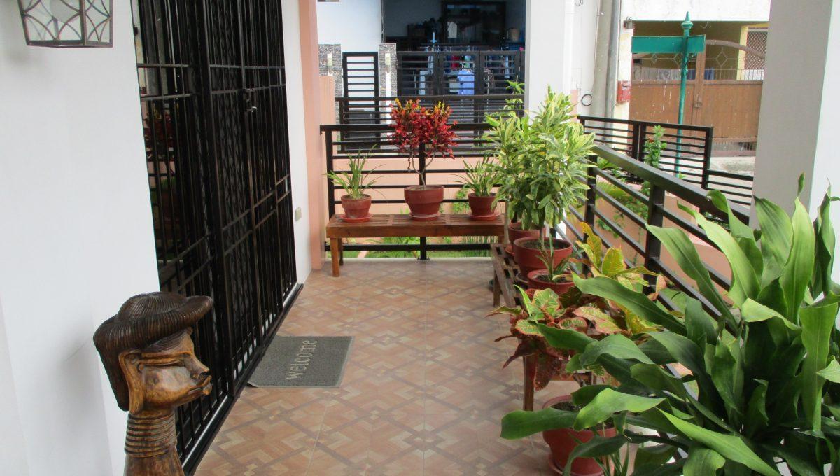 16 Front Entrance Terrace
