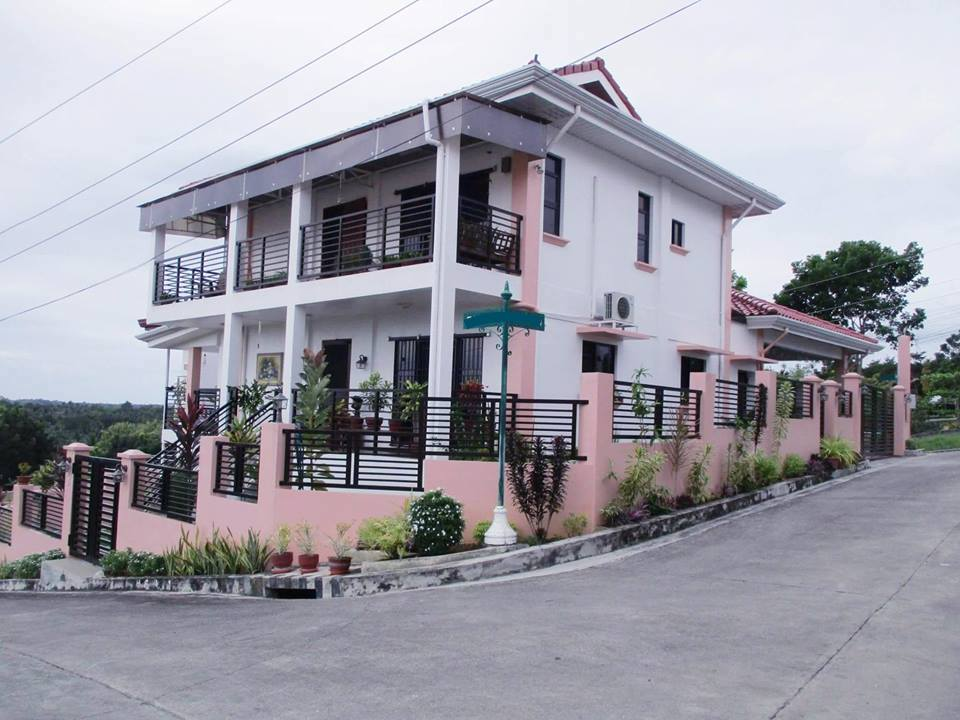 Furnished House and lot for sale Carcar Cebu