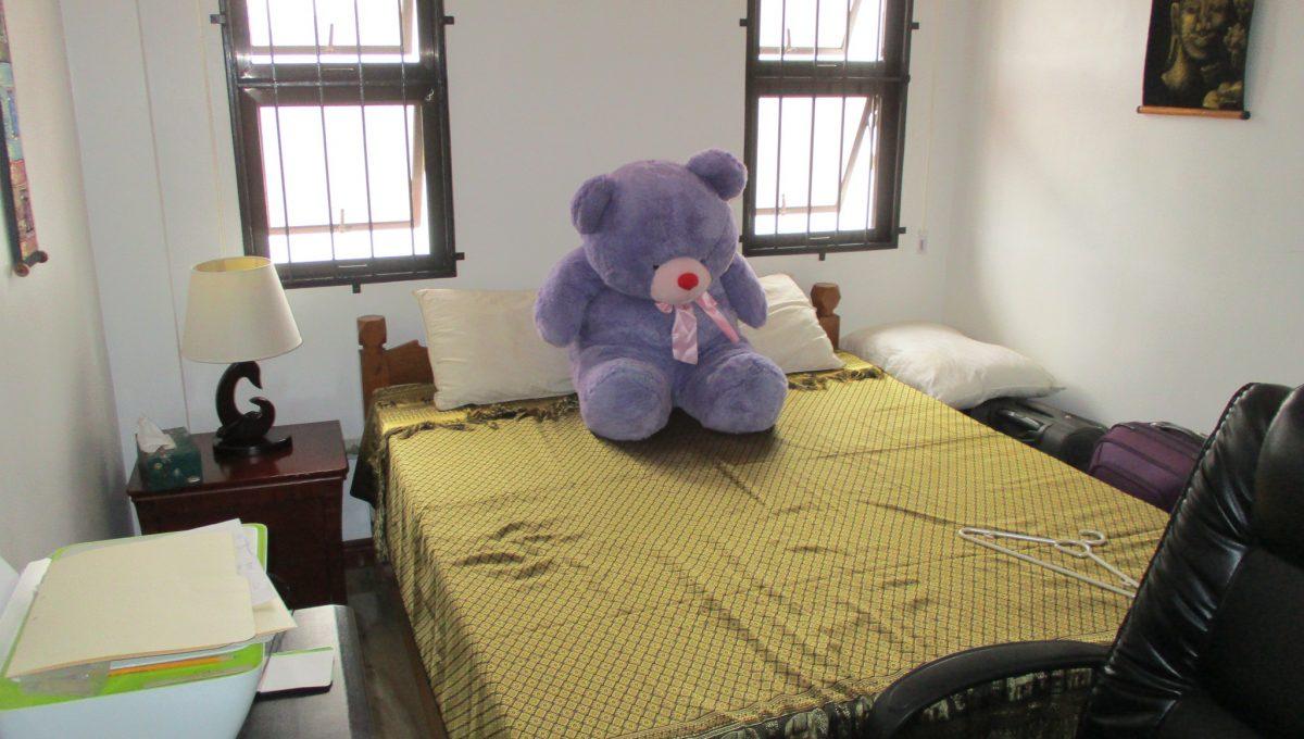 6 Bedroom 2-1