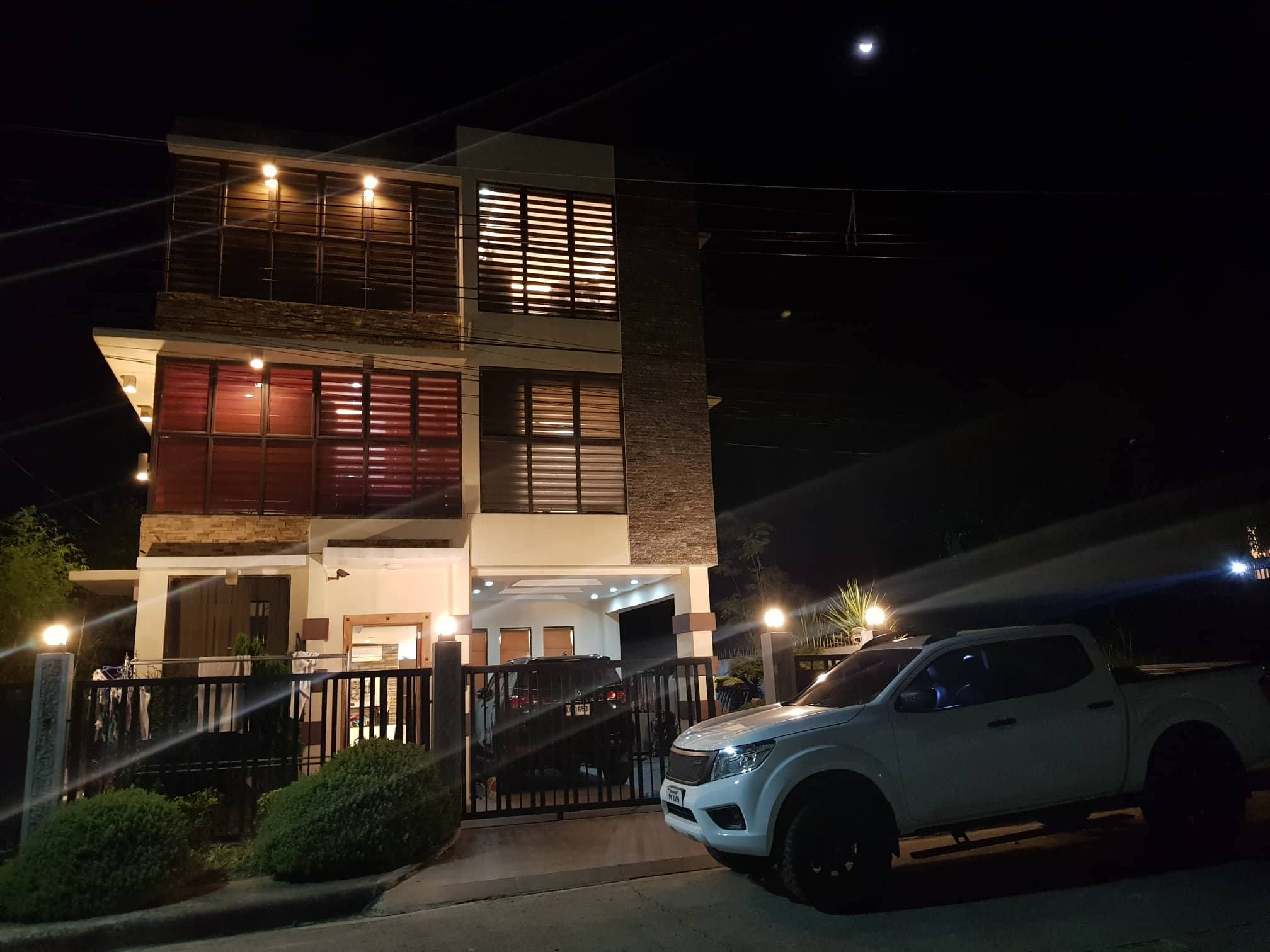 Phase 1 Overlooking House for sale Vista Grande Talisay City