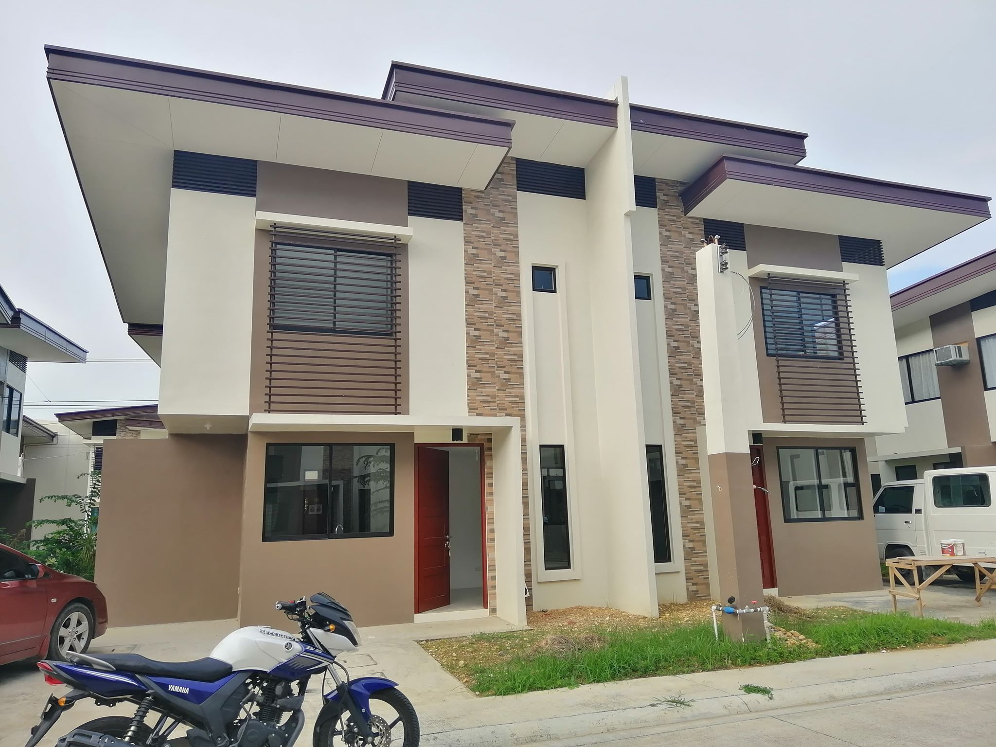 RFO Almiya House for sale Canduman Mandaue City Duplex Merge Unit