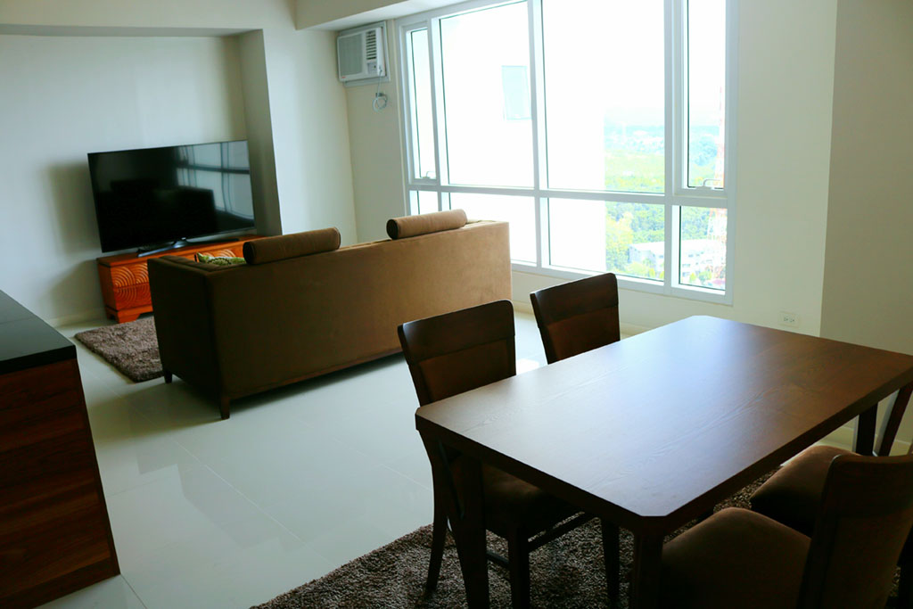 For Rent 2BR Fully Furnished with parking Marco Polo Residences Lahug Cebu City