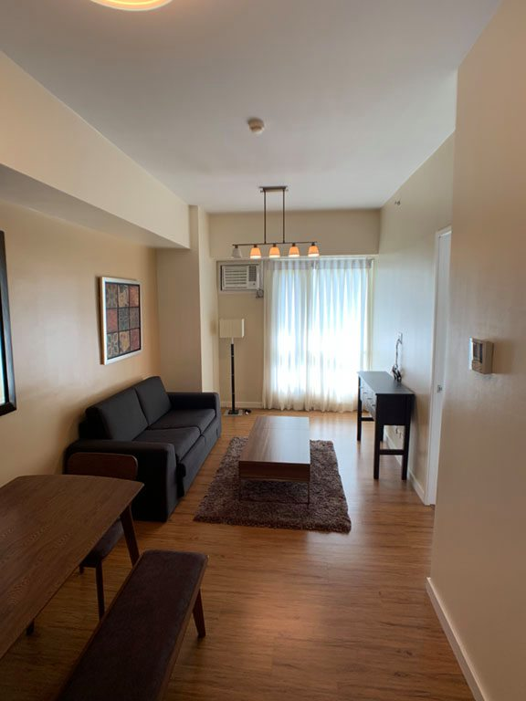 For Rent 1BR Fully Furnished with Parking Marco Polo Residences Lahug Cebu City