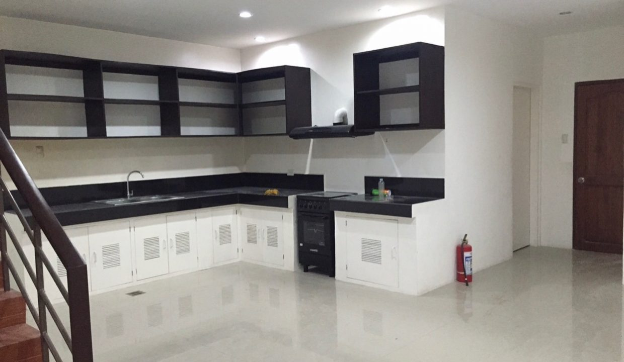 ouse for rent mabolo2
